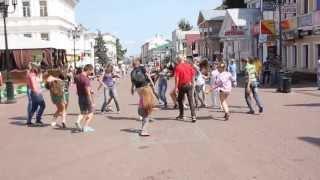 ЗОМБИ ФЛЭШ МОБ от Больших танцев и школы танца Dance 4 U.