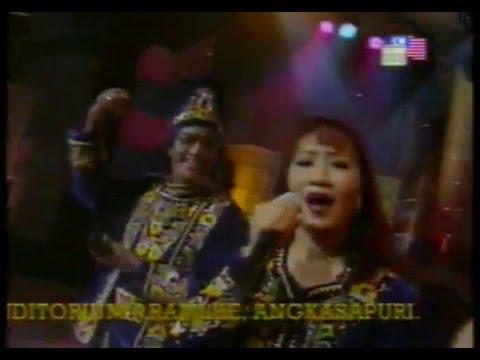Amelina & M. Daud Kilau HMI - Kau Pergi Tanpa Pesan (LIVE) 1998