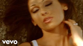 Watch Anna Tatangelo Averti Qui video