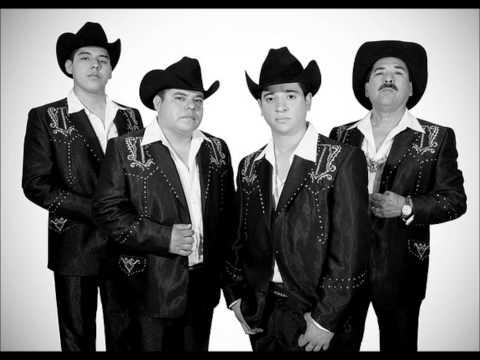 Colmillo Norteño - El Cholo Se Hizo Buchon