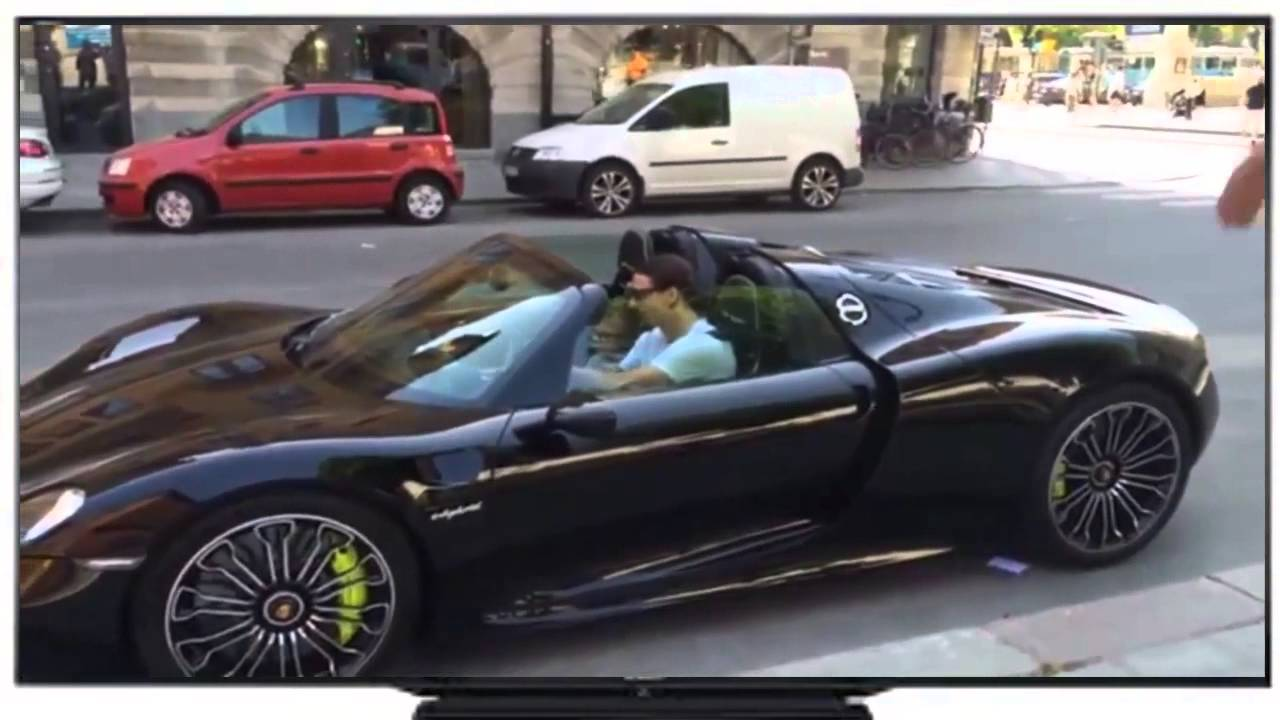 vid o insolite zlatan ibrahimovic s offre une porsche 918 spyder 800 000 euros hd youtube. Black Bedroom Furniture Sets. Home Design Ideas