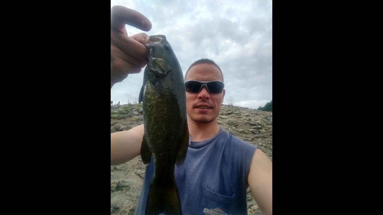 River fishing for kansas smallmouth bass with crappie jigs for Kansas fishing license online