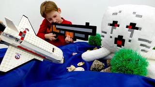 Видео для детей: игрушки #Майнкрафт. Стив и Егор на острове мобов. Как выбраться? ИгроБой.