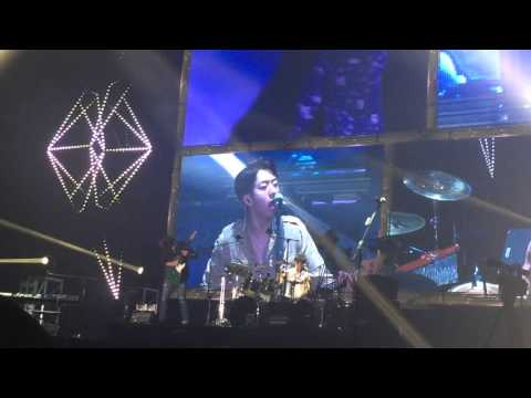 151121 cnblue [Come Together] Hong Kong - 'Radio' JongHyun focus