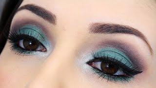 Maquiagem fácil com sombra verde