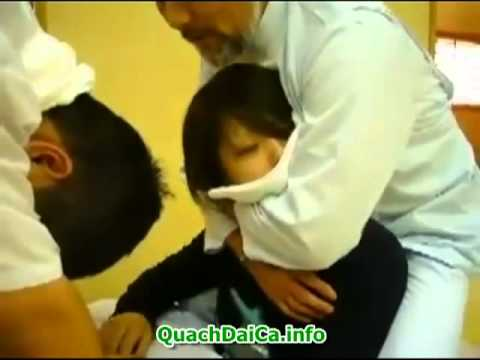 Vãi lều massage ở Nhật