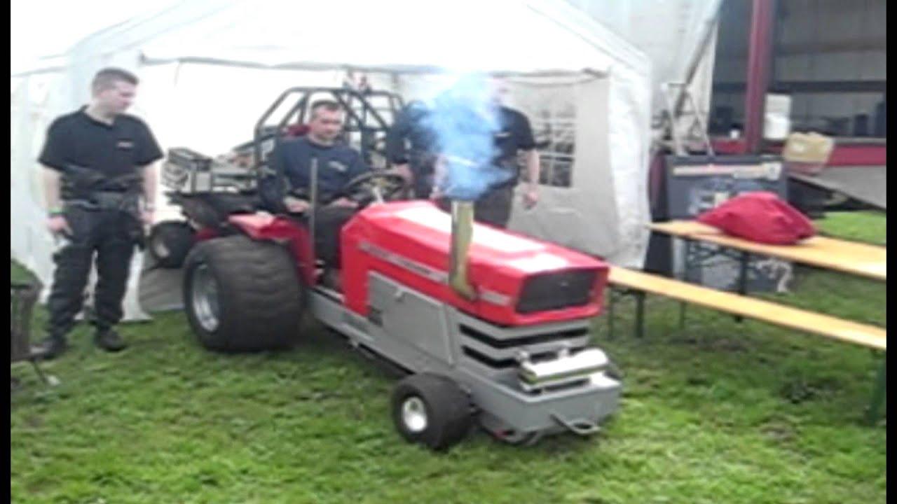 Amazing Red Devil Massy Massey Ferguson Kompaktdiesel (NL) @ Garden Pulling  Füchtorf 2012