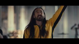 Смотреть клип Steve Aoki - Why Are We So Broken Feat. Blink 182