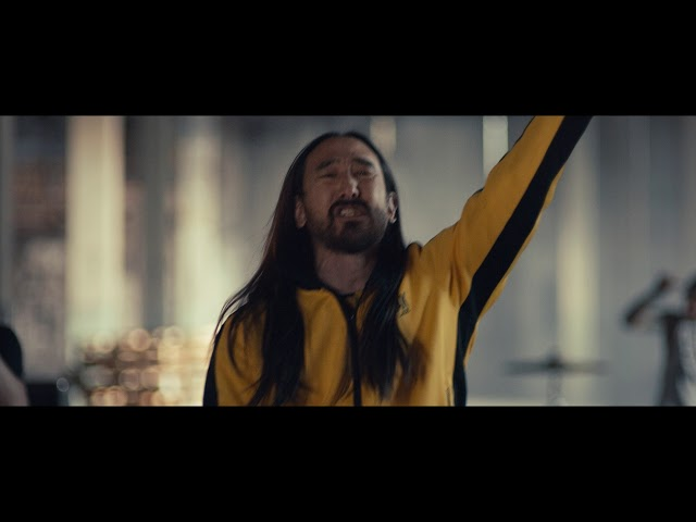 Steve Aoki Feat. Blink 182 - Why Are We So Broken