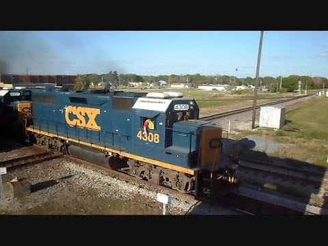 csx and marc trains meet at the horseshoe
