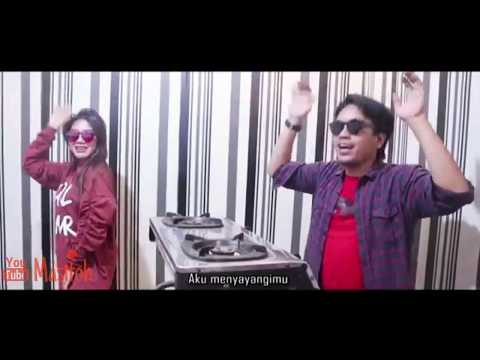 viral...!!!!!!-salah-apa-aku---masitoh-feat-yona-hernanda-(cover-remix-koplo)-ilir7-band.