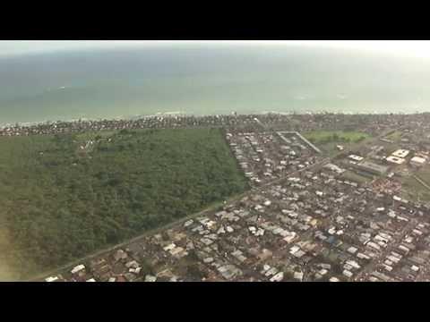 Denver-to-Honolulu flight descends off Waikiki to land on Runway 8L at HNL 2011-01-02