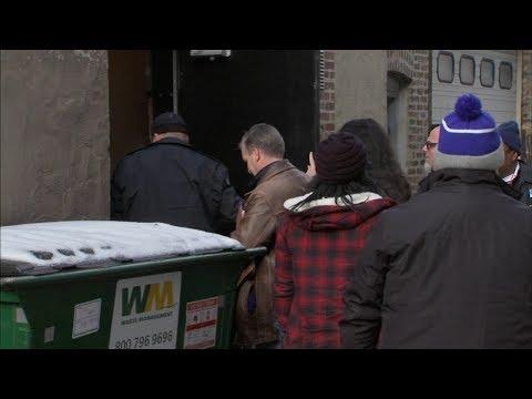 City inspectors find violations at R. Kelly's West Loop studio Mp3