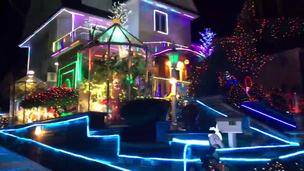 dyker heights christmas lights in brooklyn new york 2017