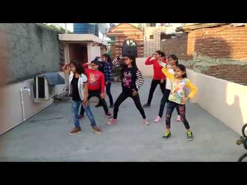 """GOLMAAL 4 TITLE TRACK DANCE"" I Golmaal Again I Aadhar Performing Dance And Arts"
