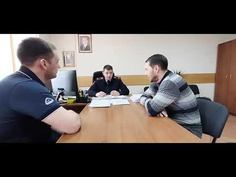 Гонки КамАЗов на улице Пограничников в Красноярске