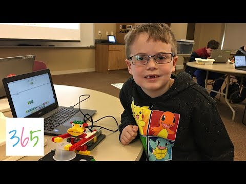 NOAH BUILDS A ROBOT! LEGO ROBOTICS AT COSI SCIENCE CENTER | KIDS LIFE 365 | 3.9.18
