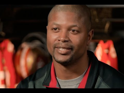 49ers Wide Receivers Coach Ronald Curry Talks with 49ers Studios
