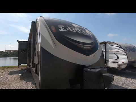Walk-Around For A Rear-Living Camper - 2017 Laredo
