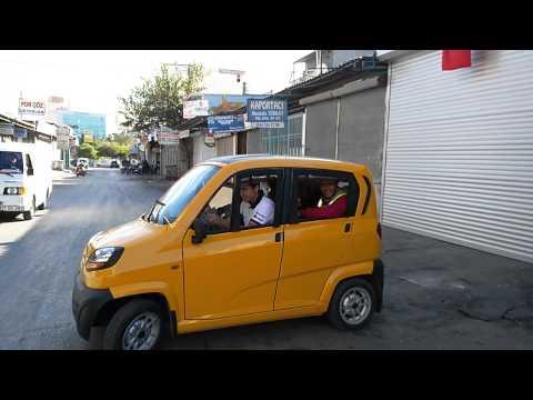 Bajaj Qute re60 motosiklet araba