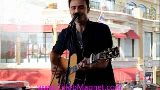 Kris Allen Performs 'The Vision of Love' at Private CD Listening Party