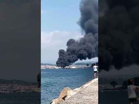 Vídeo: Incendio del  buque, desde tierra