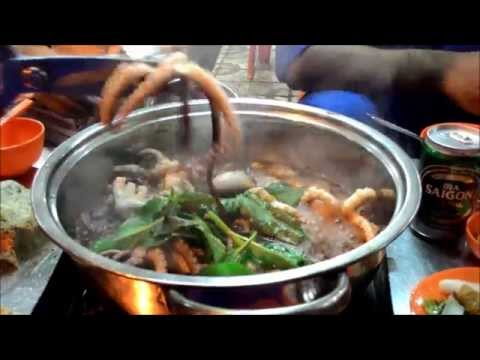 Cooking and eating live octopus in Vung Tau, Vietnam