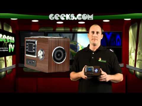 Portable MP3/FM Jukebox & Alarm Clock  - Geeks.com - MP3 Jukebox and Alarm Clock