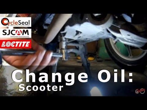 Changing Engine Oil of Honda Click V1 V2