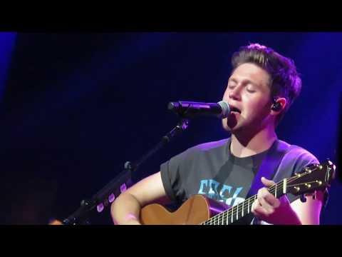 Niall Horan- Paper Houses 10/29/17