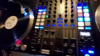 F/X in the Mixar Quattro serato mixer
