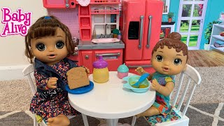 Baby Alive Lunch time Routine play Doh sandwich