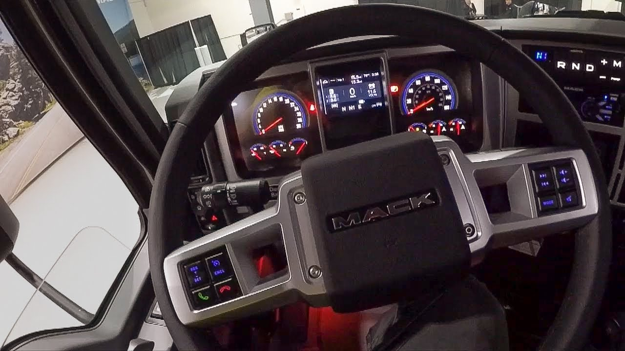 Exclusive drive in new Mack Anthem truck - YouTube