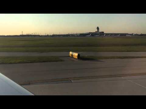 American Eagle Flight 3349 Landing at Chicago O'Hare International Airport (ORD)