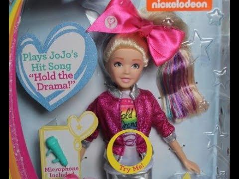 Jojo Siwa Singing Doll from Just Play - YouTube 84273eab7
