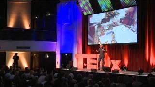 "TEDxHamburg - Joost Holthuis - ""Service Design"""