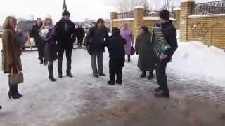 Бабуля отжигает под гармонь Электросталь   Раменское
