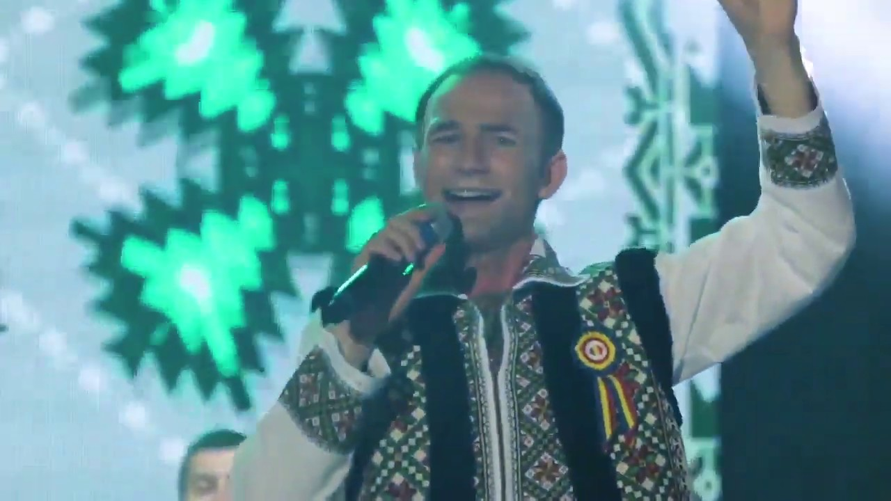 Ion Paladi acompaniat de Nicolae Botgros si Lautarii - colaj de melodii de voie buna!