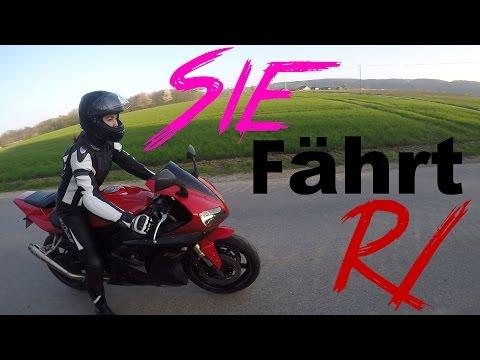Sie fährt mein Motorrad   Zum ERSTEN MAL   Yamahco   Yamaha R1 48 PS