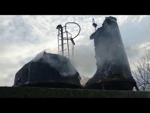 Incendio en granja de pollos en Vilar de Astrés