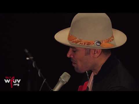 "Ben Harper And Charlie Musselwhite - ""Nothing  At All"" (Live At WFUV)"