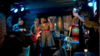 Crying the Blues (Laura Rucker) - Michelove & The Dynamite Blues - Upstairs Jazz Bar