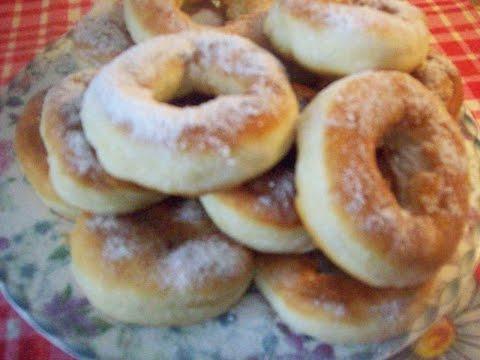 Пончики дрожжевые.