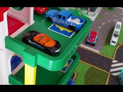 LASTENOHJELMIA SUOMEKSI - Pikkuauto ja parkkipaikan etsintä