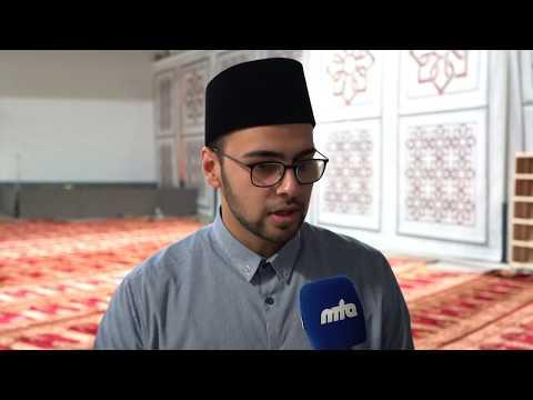 Ahmadi Muslims Flock To Read Morning Prayers Behind Khalifa