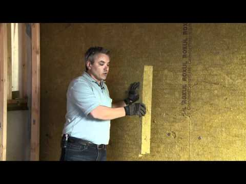 Download video comment isoler le c t int rieur d 39 un mur de sous sol fo - Comment reparer un mur interieur humide ...