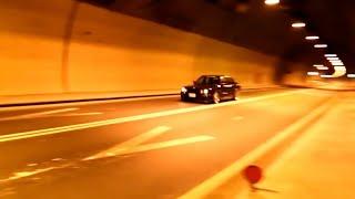 BMW E30 320i sedan Start up & Sprint exhaust sound in tunnel