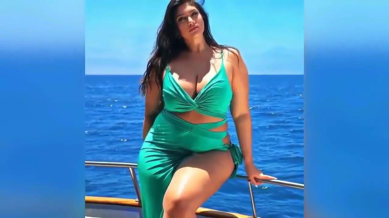 Bikini Fashion Style - Curvy Plus Size Beach Outfit Ideas