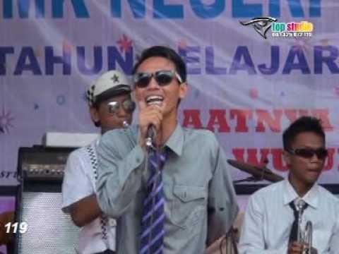 Penampilan Skawan Band - Padang Bulan ( Pelepasan Siswa Siswi SMKN 1 Bangsri )