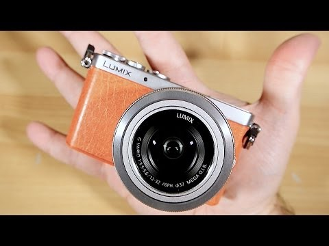 """Lumix GM1 """"World's Smallest Mirrorless Camera"""" (NOT quite), Unboxing"""